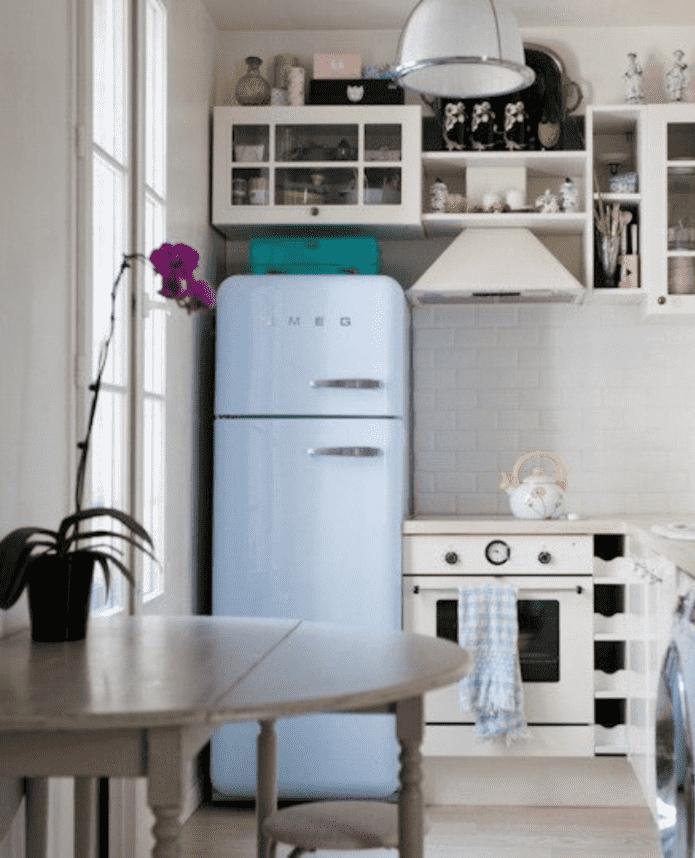 Шкаф над холодильником