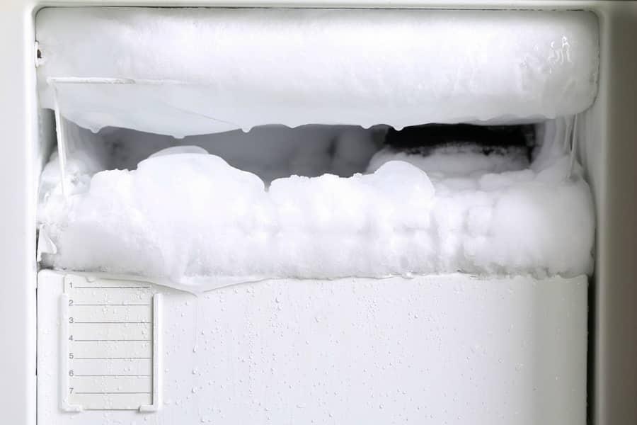 как быстро разморозить холодильник