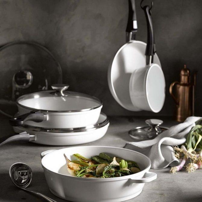 Какая посуда безопасна для семьи