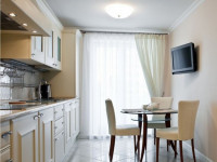 Телевизор на кухне — Проводите время на кухне интересно! +76 фото обустройства