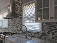 Плитка на стенах кухни — как выбрать и наклеить правильно? Инструкция + 65 фото