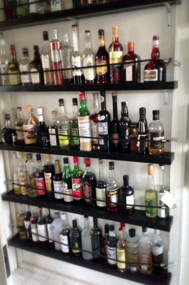 Бутылочница на кухне