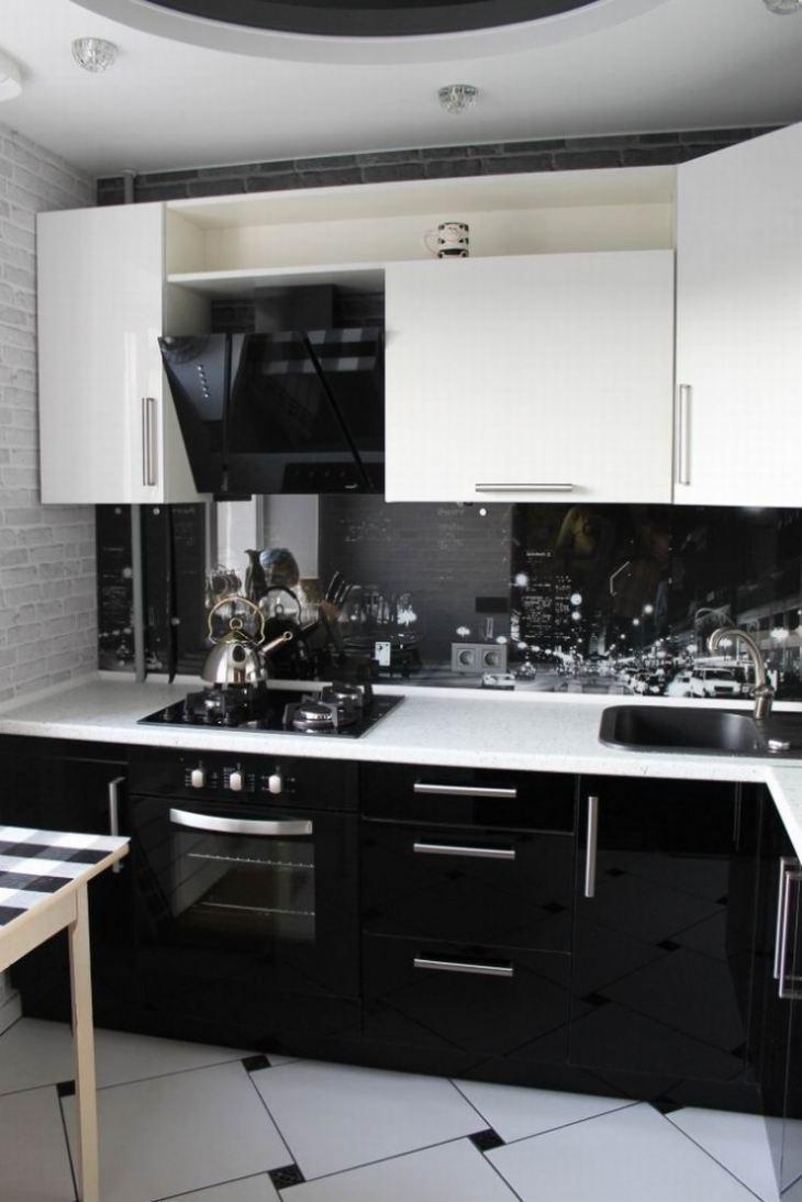 Кухни в чёрно белом