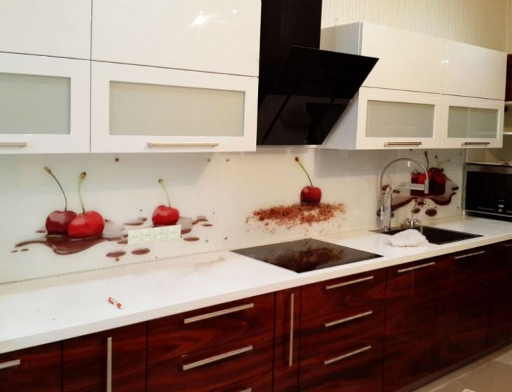Фартуки для кухни из стекла фотопечать