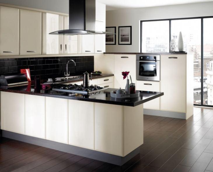 Кухня в доме дизайн