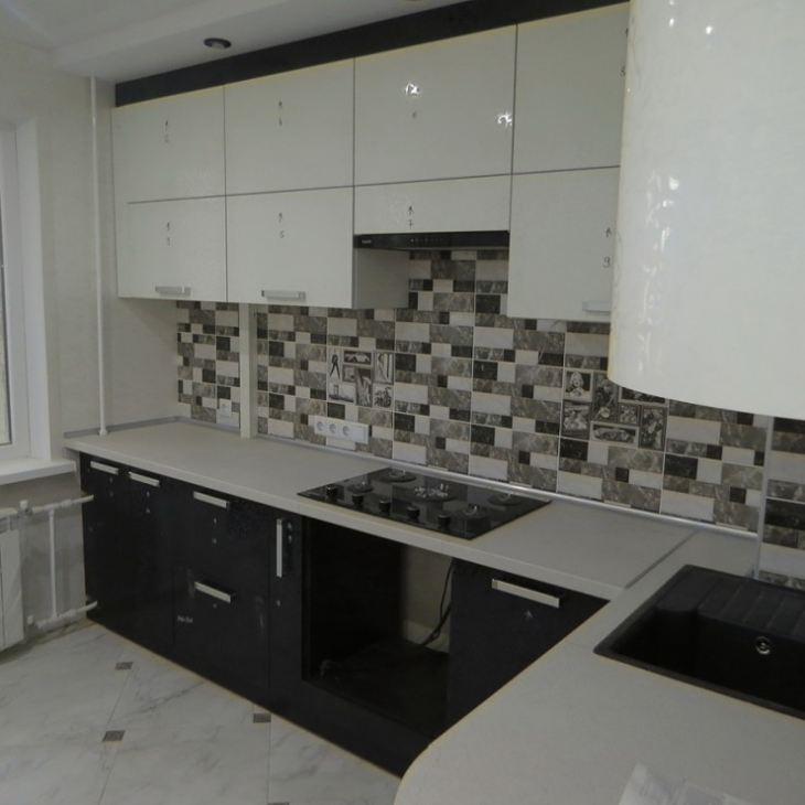 Кухня черная с белым фото
