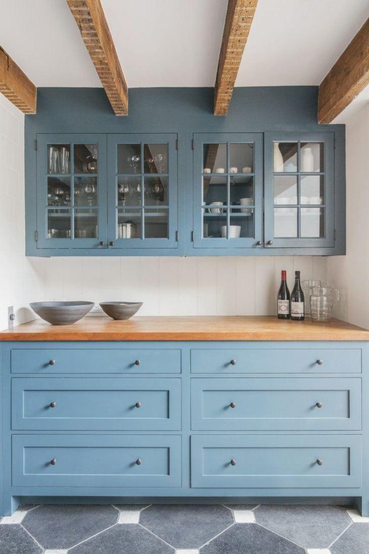 Кухня в голубом цвете фото