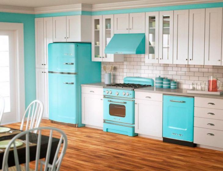 Сочетание цветов с голубым в интерьере кухни