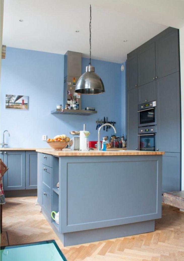 Дизайн кухни серо синего цвета