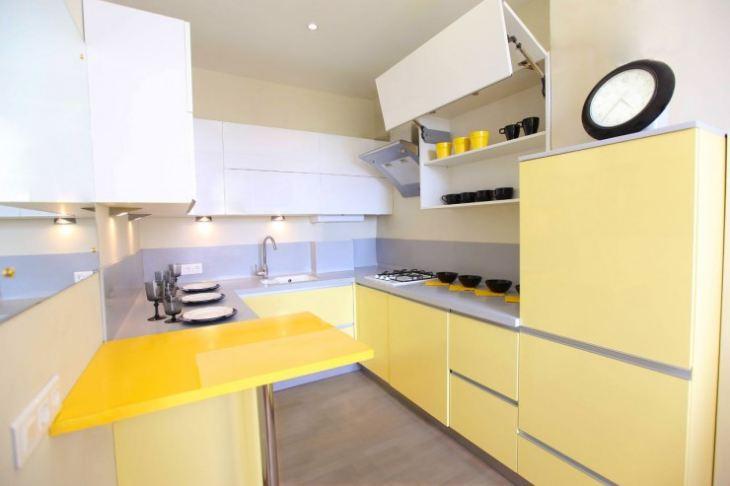 кухня лимонного цвета