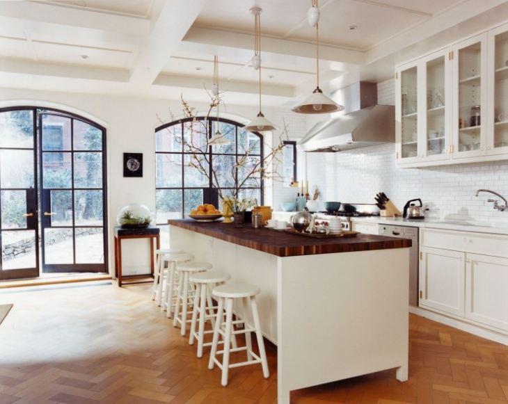 Кухня в американском стиле в квартире