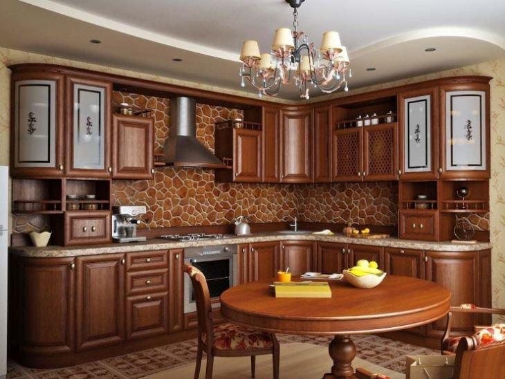 классическая кухня в светлых тонах