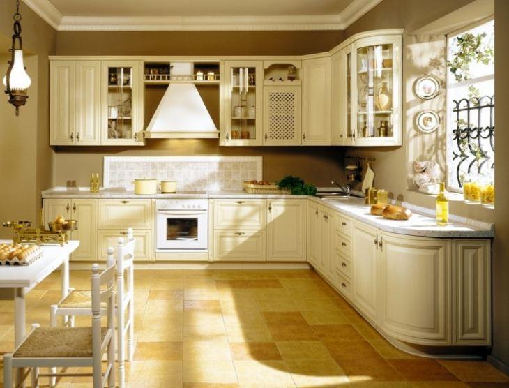 кухни в классическом стиле фото светлых тонов