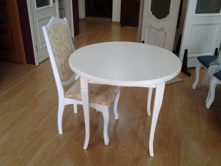 Круглый стол на маленькой кухне интерьер