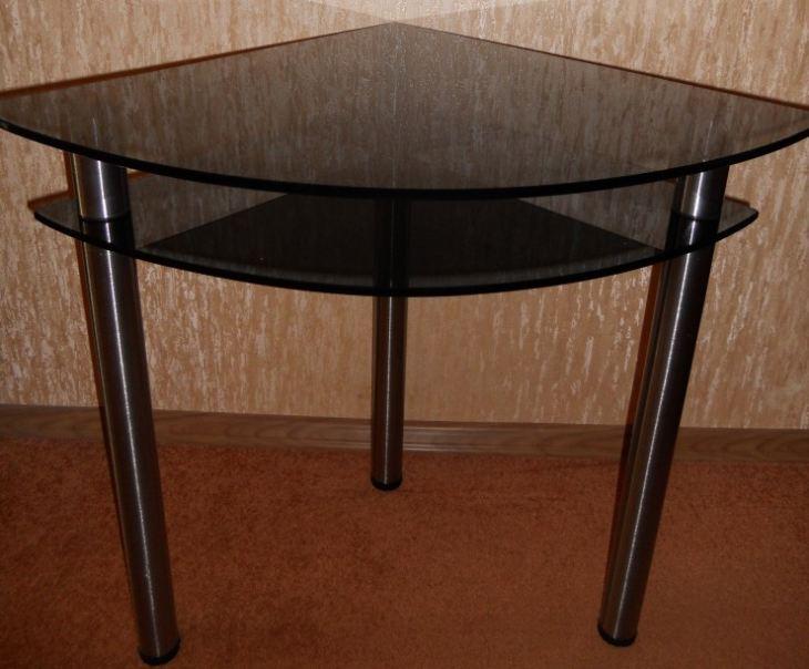 Узкие кухонные столы для маленькой кухни