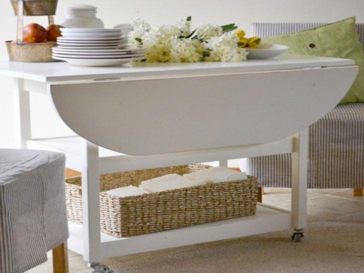 Стол обеденный для маленькой кухни