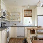 Угловая полочка на кухню