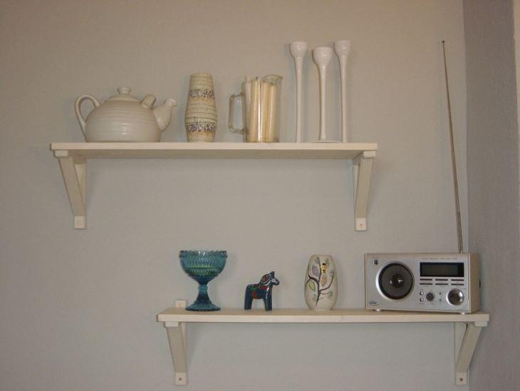 Полочки для кухни на стену из дерева