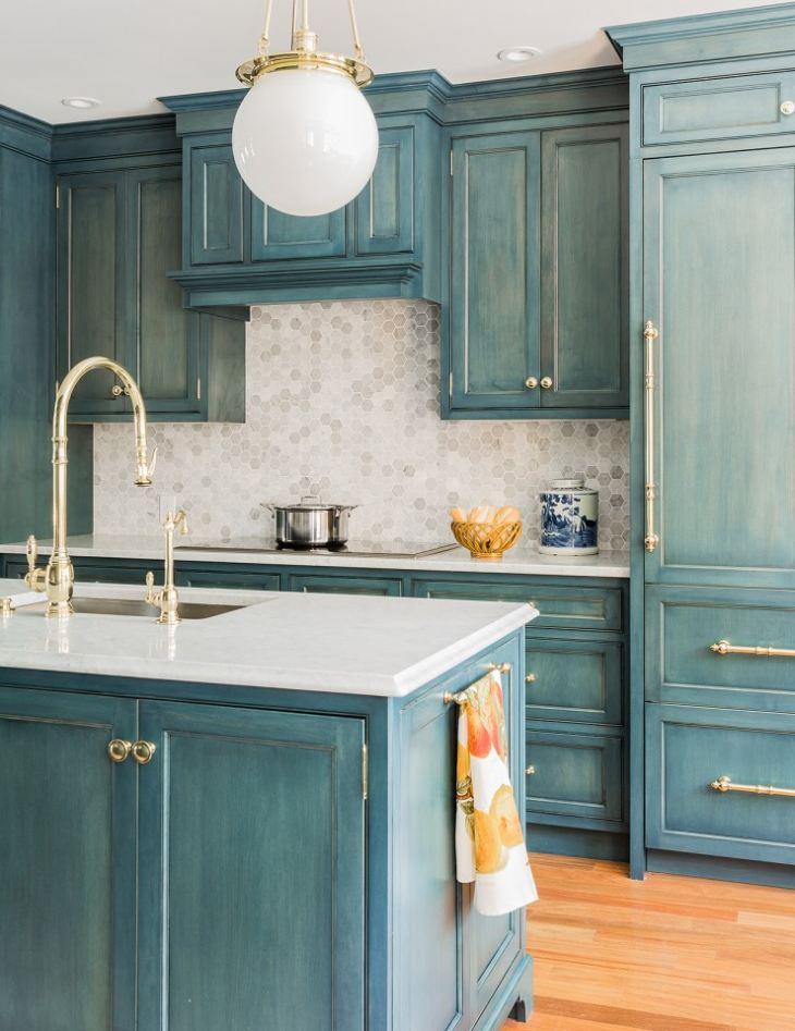 Дизайн кухни бело синего цвета