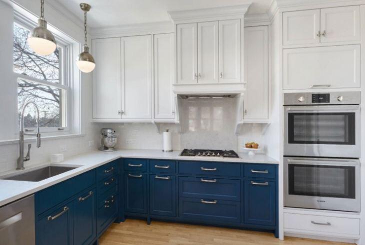 Сочетание цветов на кухне синий