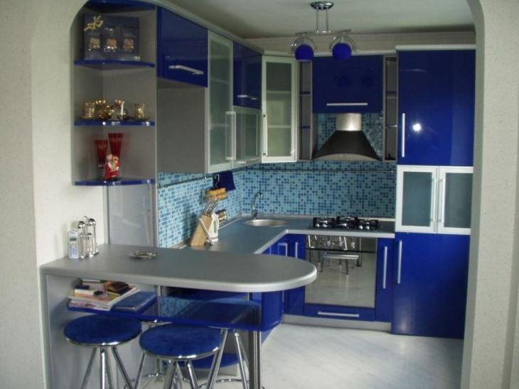 Синяя кухонная мебель