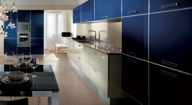 Кухня глубокий синий