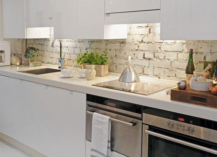 Дизайн стены на кухне