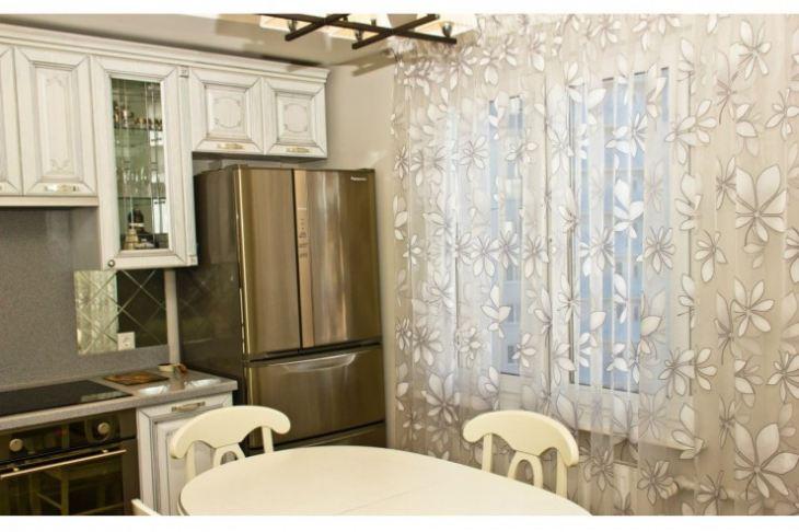 штора на кухню на одну сторону