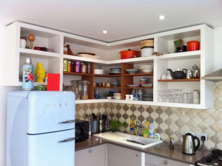 кухонный гарнитур для маленькой кухни угловой