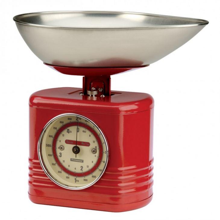 весы с чашами