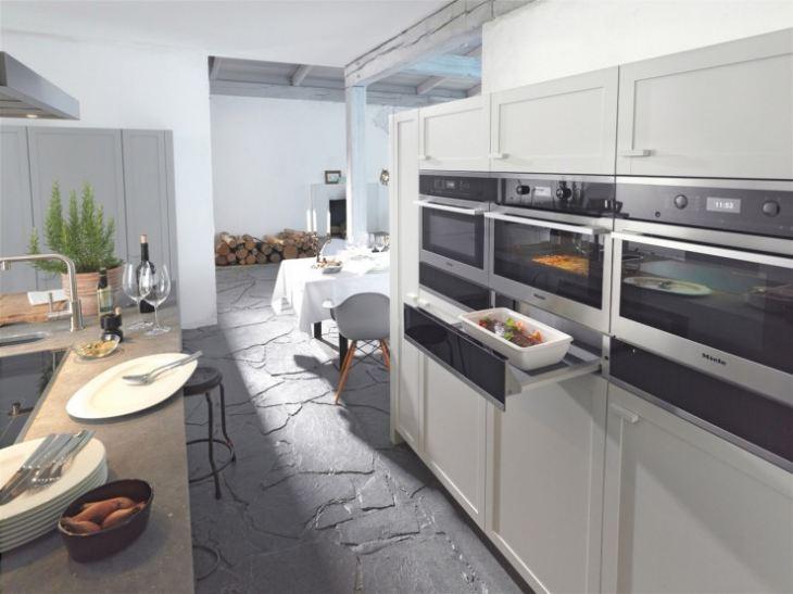 Фото кухни со встроенной техникой