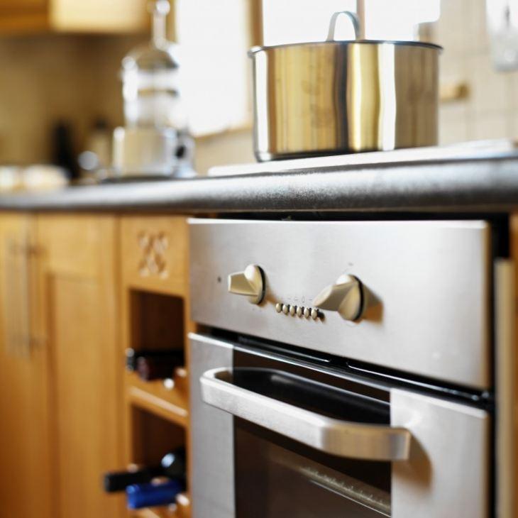 духовой шкаф встроенный в кухню фото