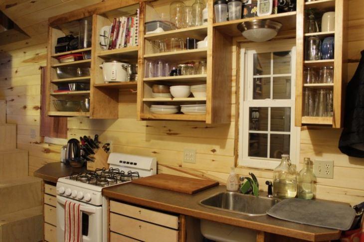 Полки на кухню своими руками из дерева