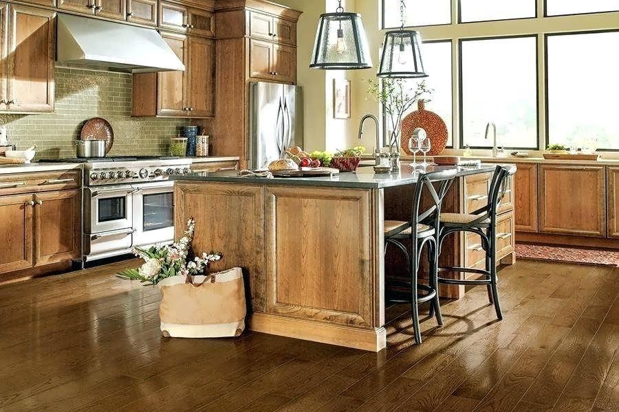 Можно ли стелить ламинат на кухне