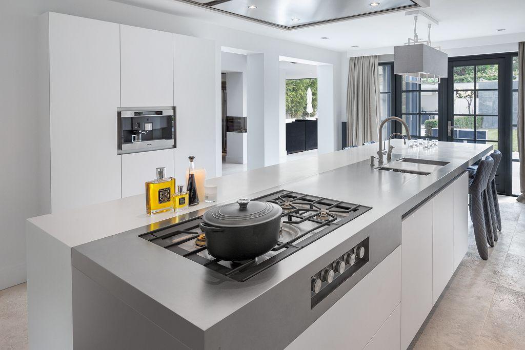 Высота кухонного гарнитура от пола до столешницы
