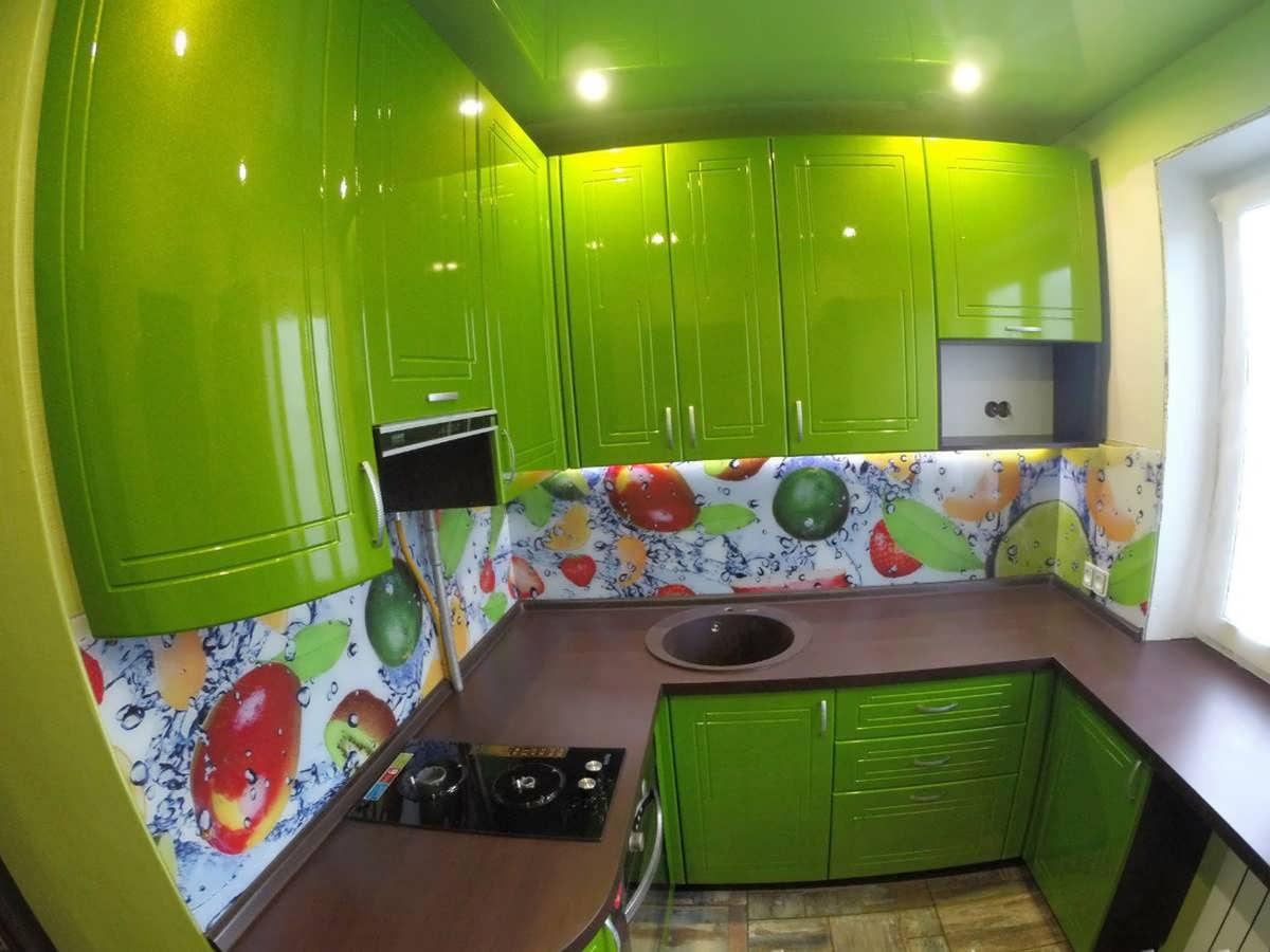 Кухни на 5 кв м фото угловые