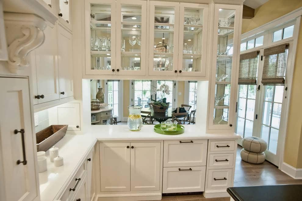 Кухонный гарнитур для маленькой кухни 5 кв