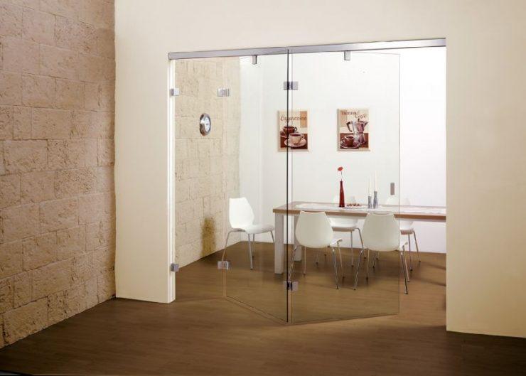 дверь на кухню со стеклом