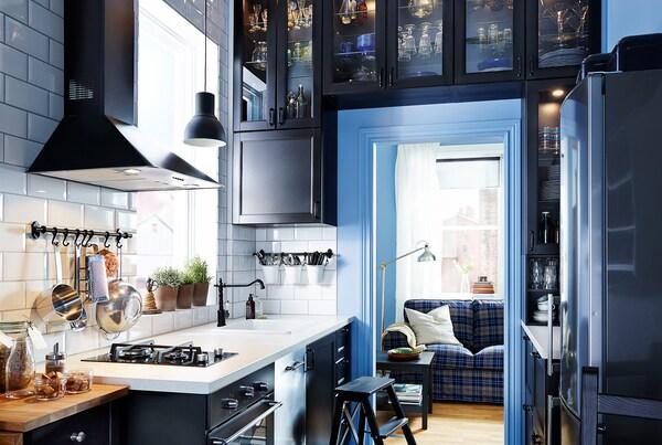 кухня квадрат