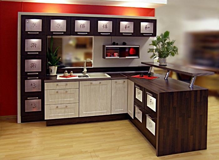 интерьер кухни прямоугольной формы