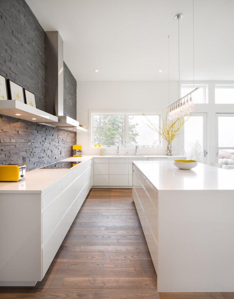 белые кухни в современном стиле