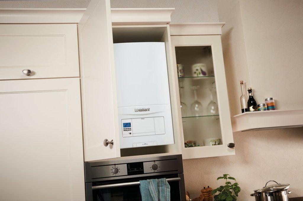 интерьер кухни в хрущевке с газовой колонкой
