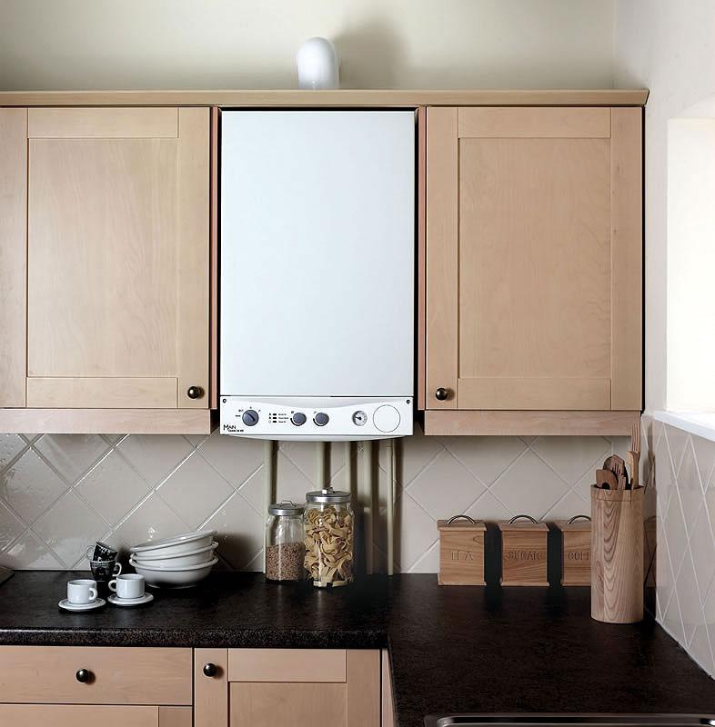 маленькие кухни с колонкой
