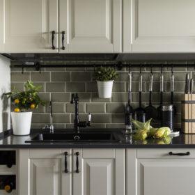 Реставрируем кухонный гарнитур своими руками