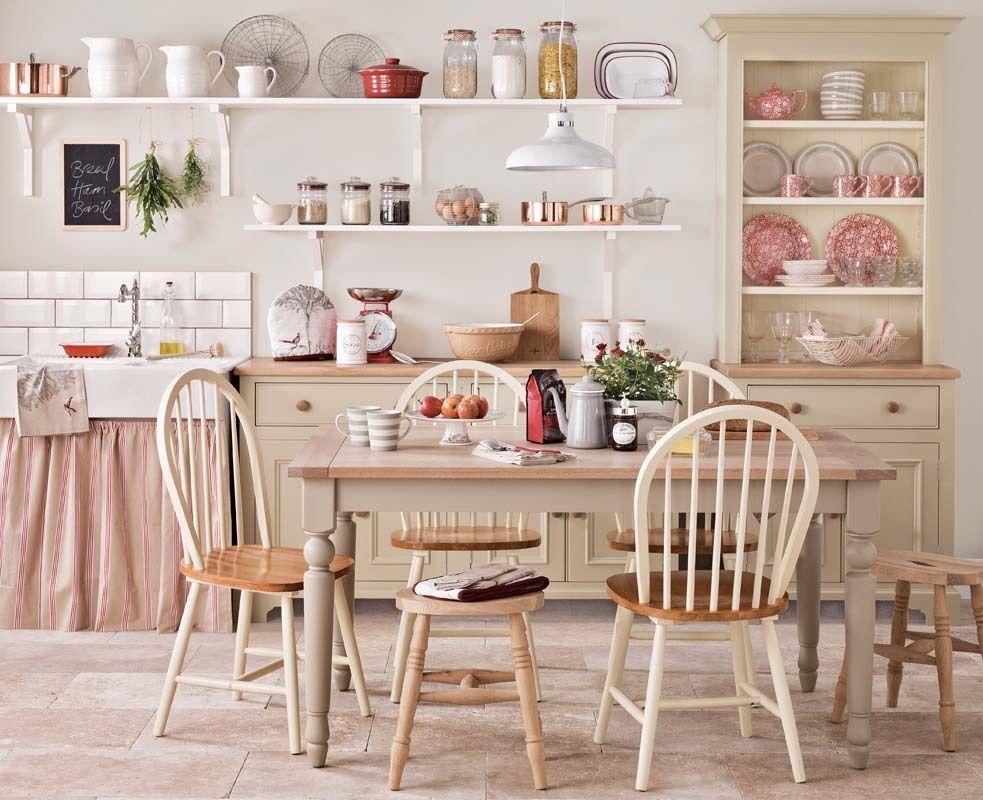 персиковые стены на кухне