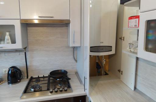 кухня в хрущевке с газовой колонкой фото