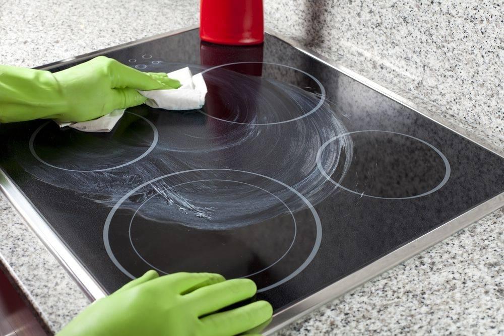 чем чистить керамическую плиту