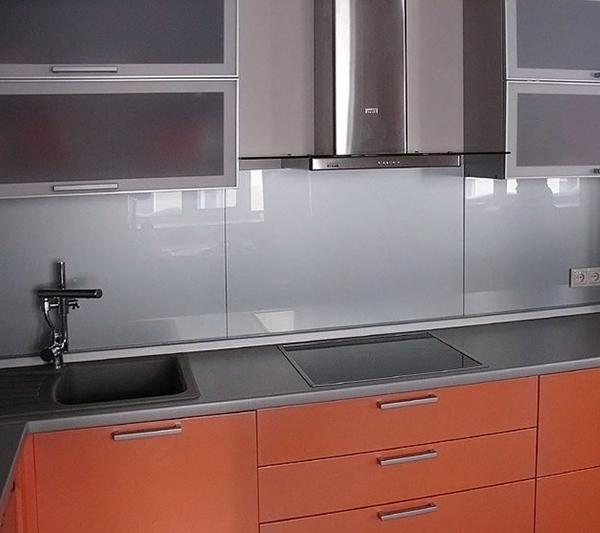 фартук к белой кухне