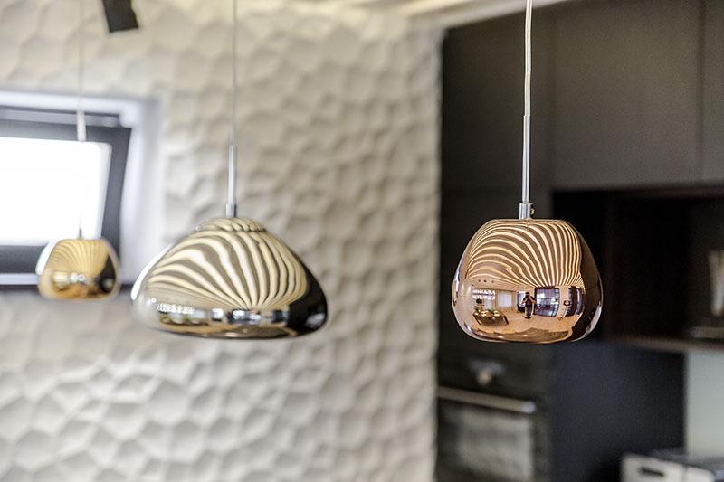 люстра для кухни в современном стиле