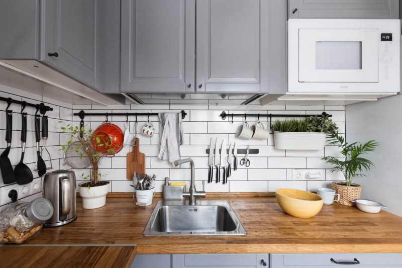 Как правильно разложить вещи на кухне